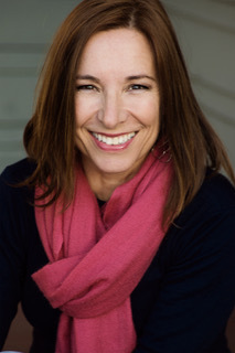Dr. Sara Pizano